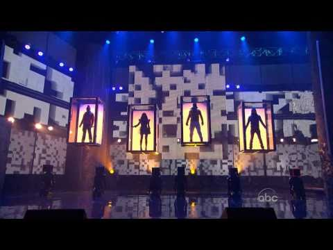 Black Eyed Peas perform at the 2010 American Music Awards (720p)