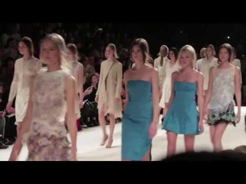 Le défilé Nina Ricci printemps-été 2014 : Fashion Week de Paris