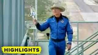 Watch Jeff Bezos board New Shepard crew capsule