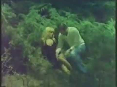 Unlu turk hatunun feci dansı +18 erotik thumbnail
