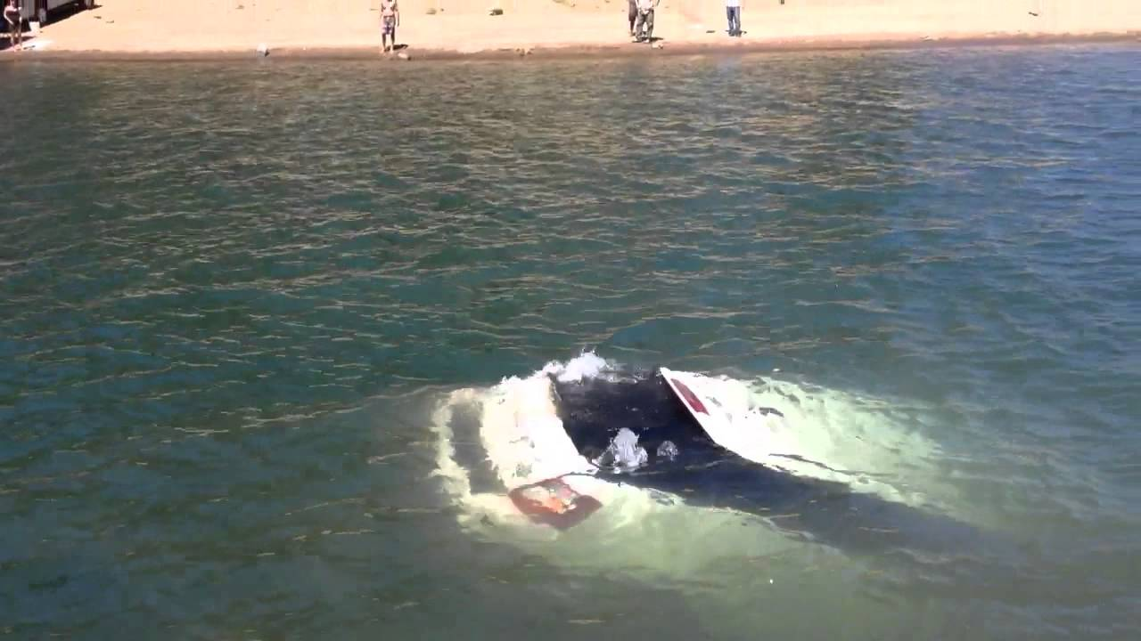 Range rover sinking into shaver lake ca youtube for Shaver lake fishing report