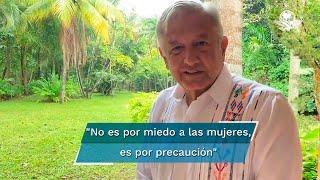 """Al asegurar que """"no es machista"""" y que no está en contra del movimiento feminista, López Obrador aseguró que proteger Palacio Nacional con muros es mejor que colocar granaderos como en otras administraciones"""