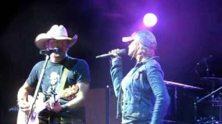 Jason Aldean and Miranda Lambert Grown Woman