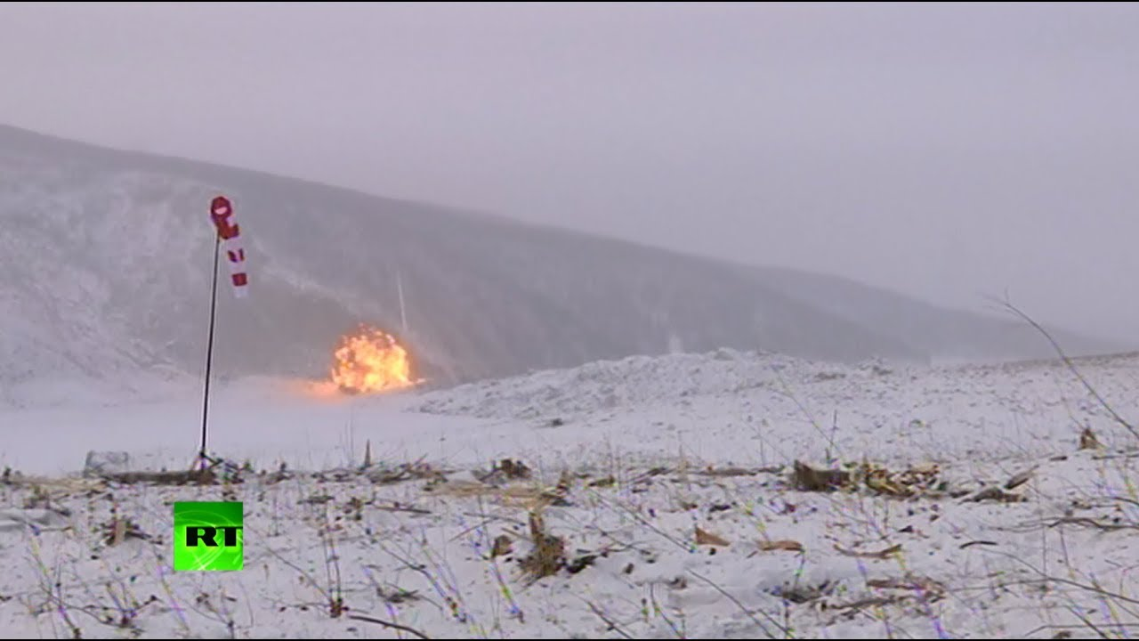 Военные расчистили Бурейское водохранилище с помощью управляемого взрыва 10 тонн тротила