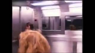 【史上最恐怖】電梯裡多一個小女孩