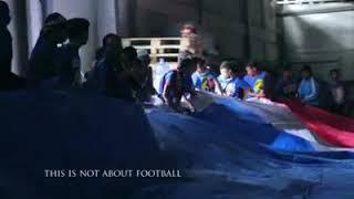 Download Mp3 Koreografi Aremania Kreatif, Seluruh Stadion Ikut Mengibarkan Bendera Terbesar
