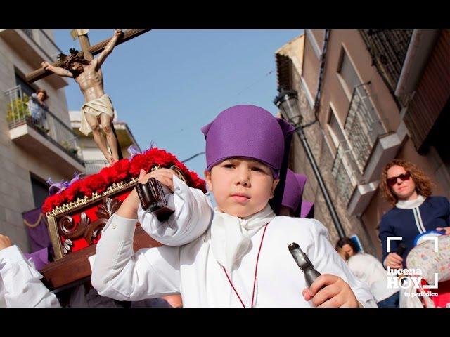 VÍDEO: Desfile de Procesiones Infantiles: Los peques aprenden a santear. No estan todos pero sí muchos de ellos