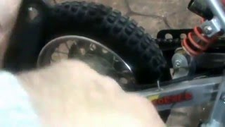 Minimoto Cross Malaguti Grizzly 10. TEN. Instalación tubo de escape. Install exhaust pipe. Video 22