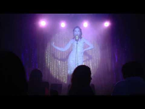 Natalia Oreiro  -- El Hombre Que Yo Amo Videos De Viajes
