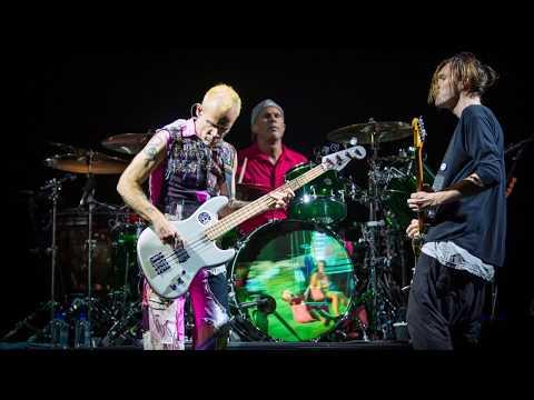 Red Hot Chili Peppers - Dani California - Oslo 2016 (SBD audio)