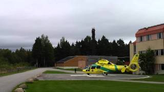 Jämtland läns landstings ambulanshelikopter i Sveg / Ambulance helicopter