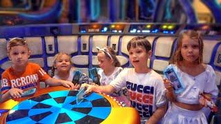 Разрушили корабль Звёздные Войны в Disney World