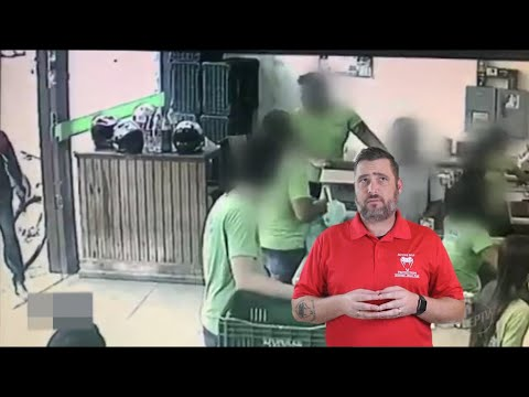 Brazilian Man Is Ignored When He Announces Robbery