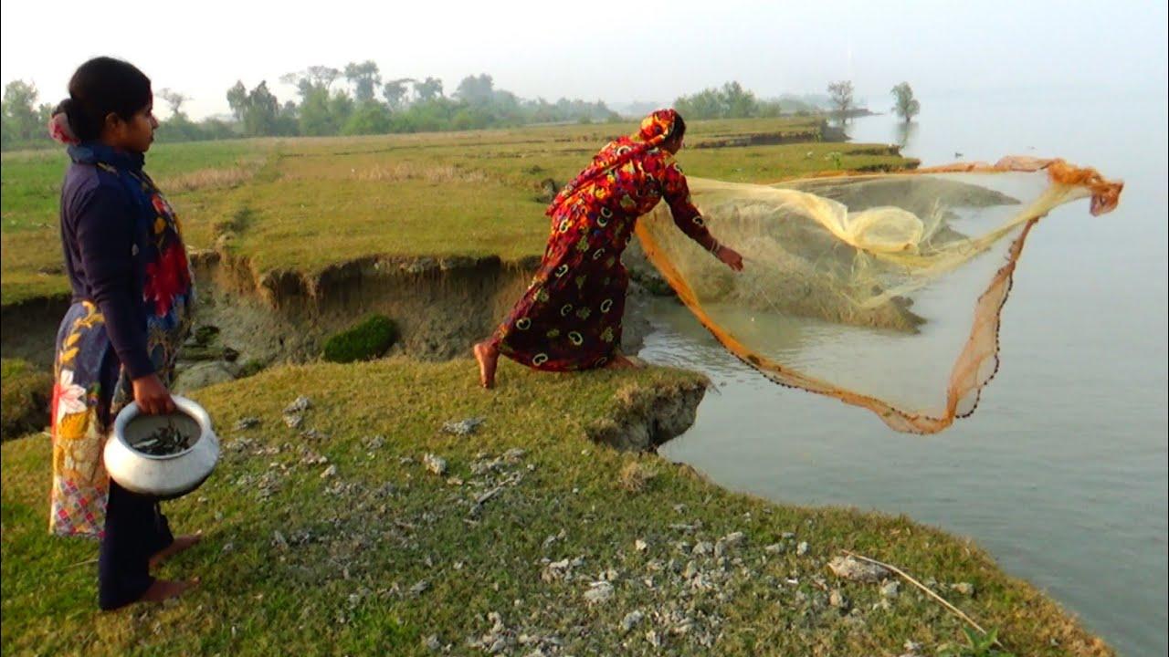 Traditional Cast Net Fishing in River | beautiful girls fishing | Amazon Fishing (Part-353)