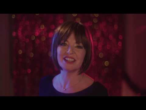 Sarah McGuinness - 'Christmas Everyday' [Official Music Video]
