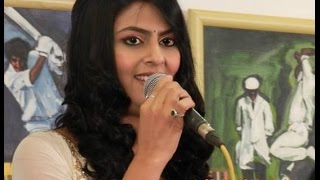 Lag Ja Gale | Sarrika Singh Live