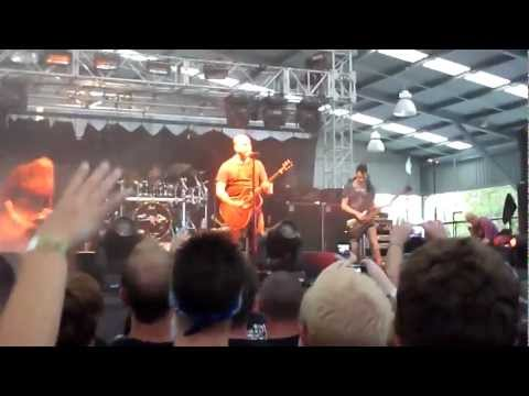 Staind - Outside @ Soundwave Melbourne 2012 with Fred Durst at the end