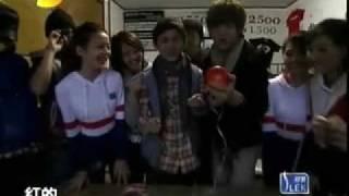http://www.playinmel.com 日本寻访田中裕子用阿信精神鼓励孩子http://b...