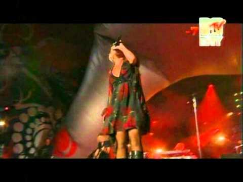 P!nk (Pink) 18 Wheeler (Coca Cola live@ Mtv Italy)