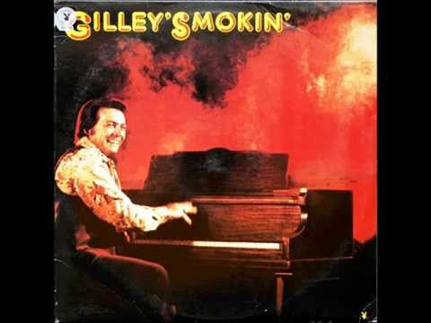 Don't The Girls All Get Prettier At Closing Time , Mickey Gilley , 1976 Vinyl