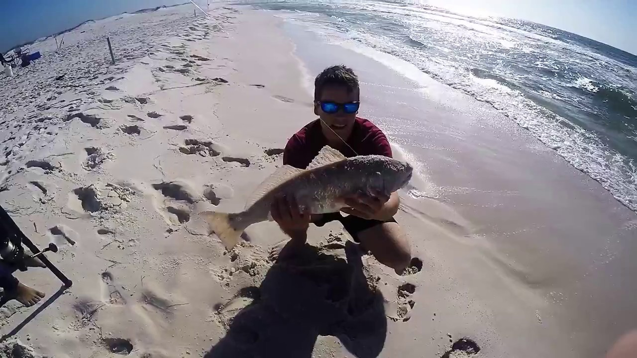 Beach fishing for pompano youtube for Pompano beach fishing report