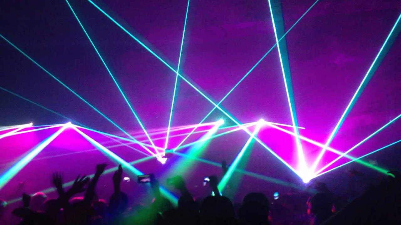 Pretty Lights Crazy Light Show!! - YouTube
