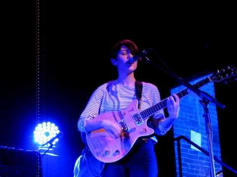 6/24 Tegan & Sara - On Directing (Stripped) + Sara's Bad Luck @ MHoW, Brooklyn, New York 2/15/10