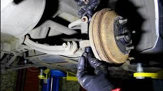 Замена стойки и втулок заднего стабилизатора Hyundai Accent 1,5 Хендай Акцент 2006 года Тагаз