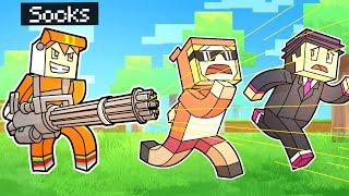 minecraft manhunt with OVERPOWERED GUNS (chaos)
