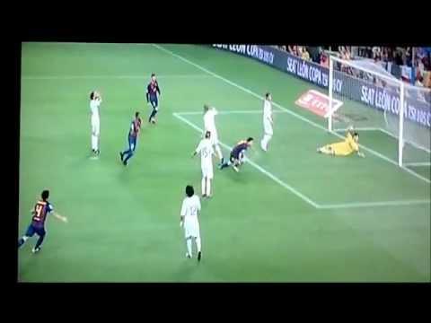 Tercer gol de Messi 3-2 Barcelona Real Madrid Supercopa 2011 TW17