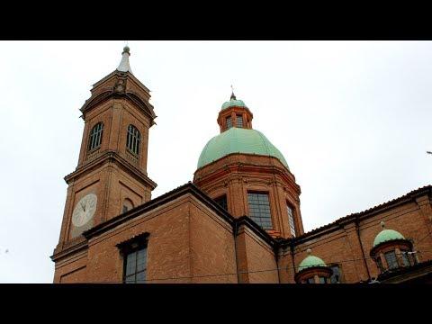Exploring Italy (Bologna, Rimini and San Marino)