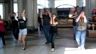 Flash Mob at Lindale Mall Cedar Rapids Iowa