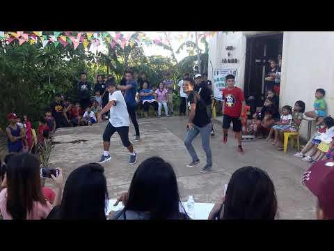 Senior's BOYS ATTRACT DANCERS || dance intermission