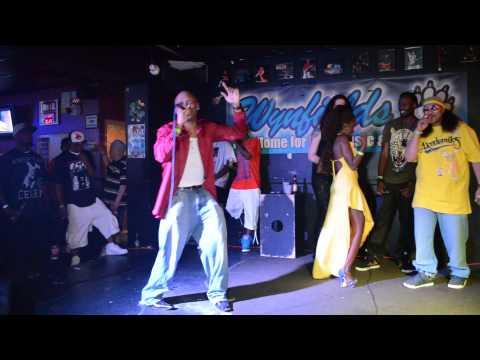 ReverbNation's #1 R&B Artist, Benny S LIVE!