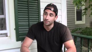 Dom Mazzetti vs. How Girls Eat
