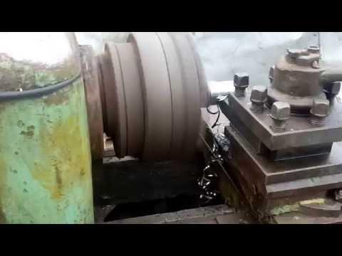 Работа  Токарный станок 1М61 на 220 вольт