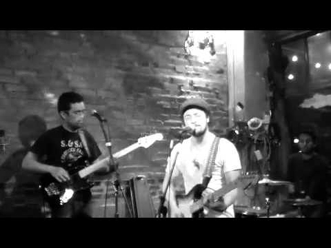 """""""City of Westminster"""" by Avo, Live @ RADIO BEAN"""