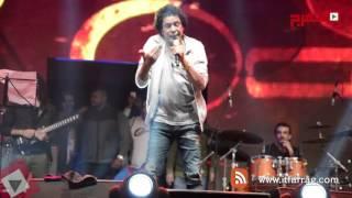 محمد منير: حققت حلم عمري بالعودة للغناء في جامعة القاهرة (اتفرج)