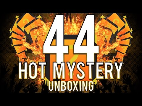 "Unturned - 44 Hot Mystery Unboxing! - ""4 MYTHICALS!?"""