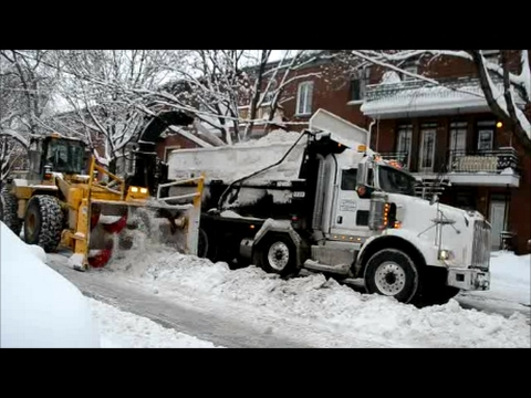 FAST SNOW REMOVAL OPERATION IN MONTREAL QUEBEC