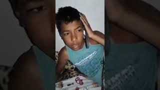 VÍDEOS ENGRAÇADOS: QUANDO VOCÊ ACORDA COM SONO E ATENDE UMA SANDÁLIA kkk