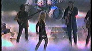 Bonnie Tyler   Faster Than The Speed of Night Brit Awards 1984