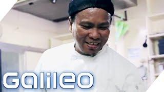 Kann ein philippinischer Koch Kassler zubereiten? | Galileo | ProSieben