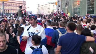 Москва после победы Сборной России над Испанией #2