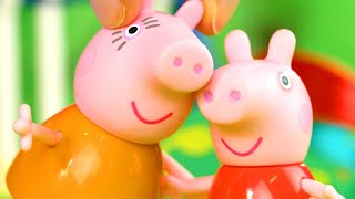 Peppa Pig Goes on a Holiday | Peppa Pig Stop Motion | Peppa Pig Toy Play