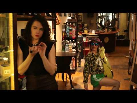 Vidéo MDM fait du shopping