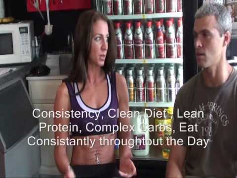 Can a woman who works out get six-pack abs thru diet and exercise alone without steroids?