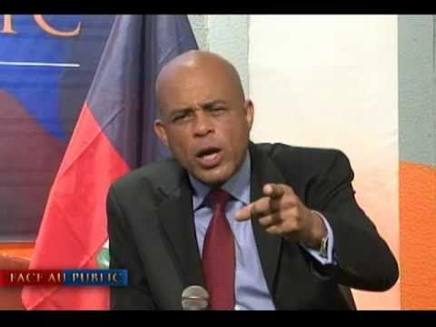 Michel Martelly  -  Face au public