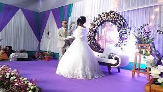 Awesome Wedding Dance - Iba Wed Valour. thumbnail