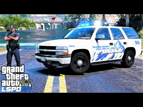 Closing Down Flooded Streets & A Plane Crashes In Front Of Me - GTA 5 LSPDFR Police Mod